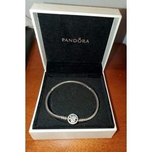 Beautiful Pandora Sterling Silver Bracelet size 19